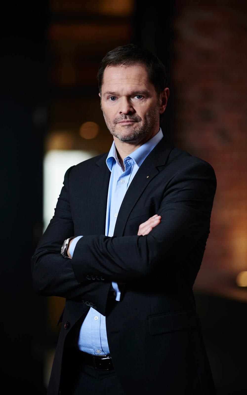 Frieder Gamm 1003 - Frieder Gamm: Portraitierung eines Business Speakers