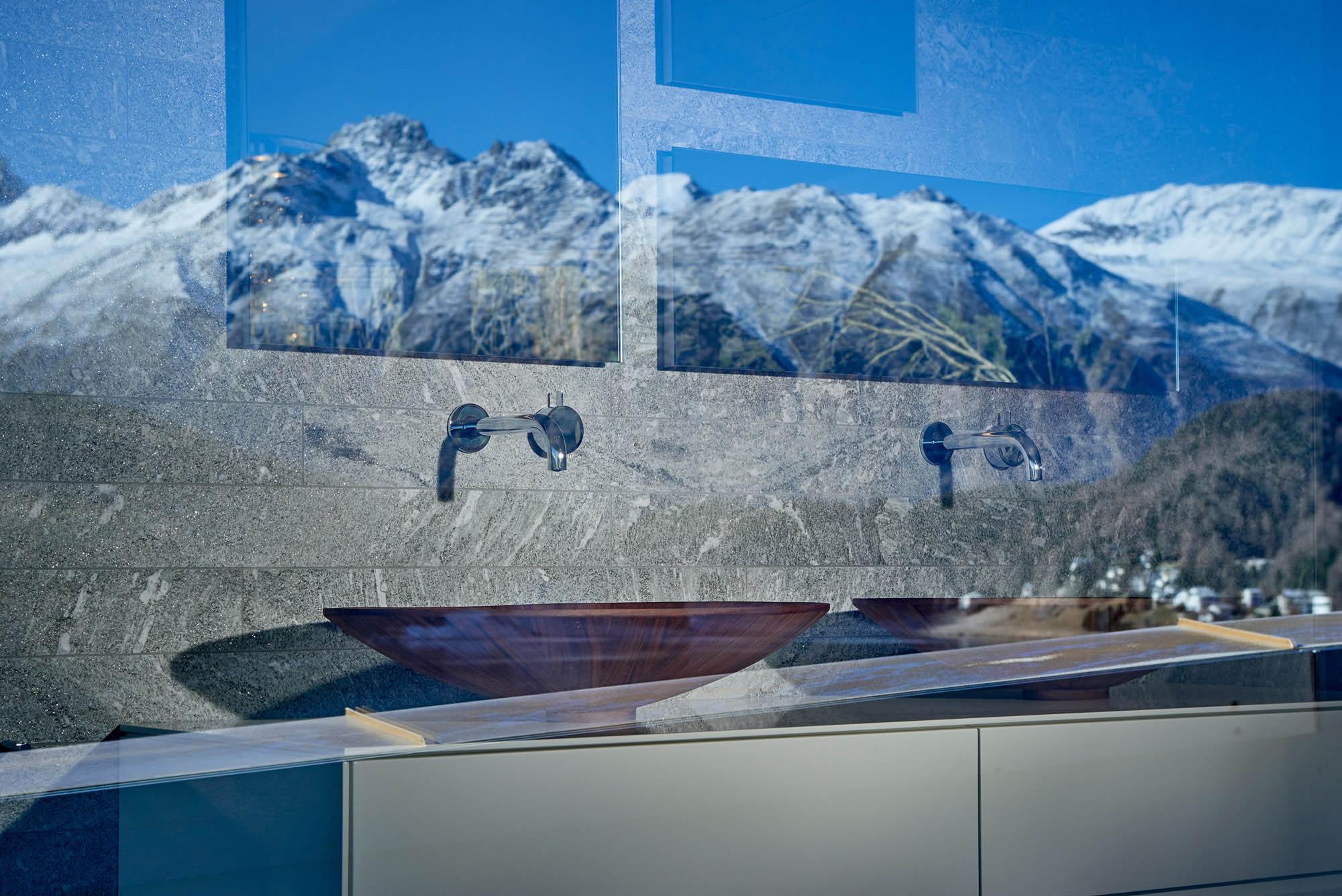 OPC 151127 0126 - Penthouse St. Moritz: Frisch eingerichtet, frisch abgelichtet
