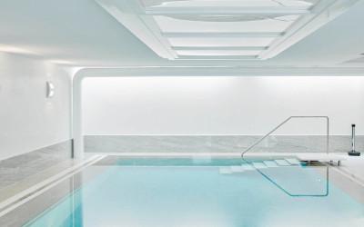Martin Bräuninger: Privates Hallenbad mit venezianischem Kalkputz