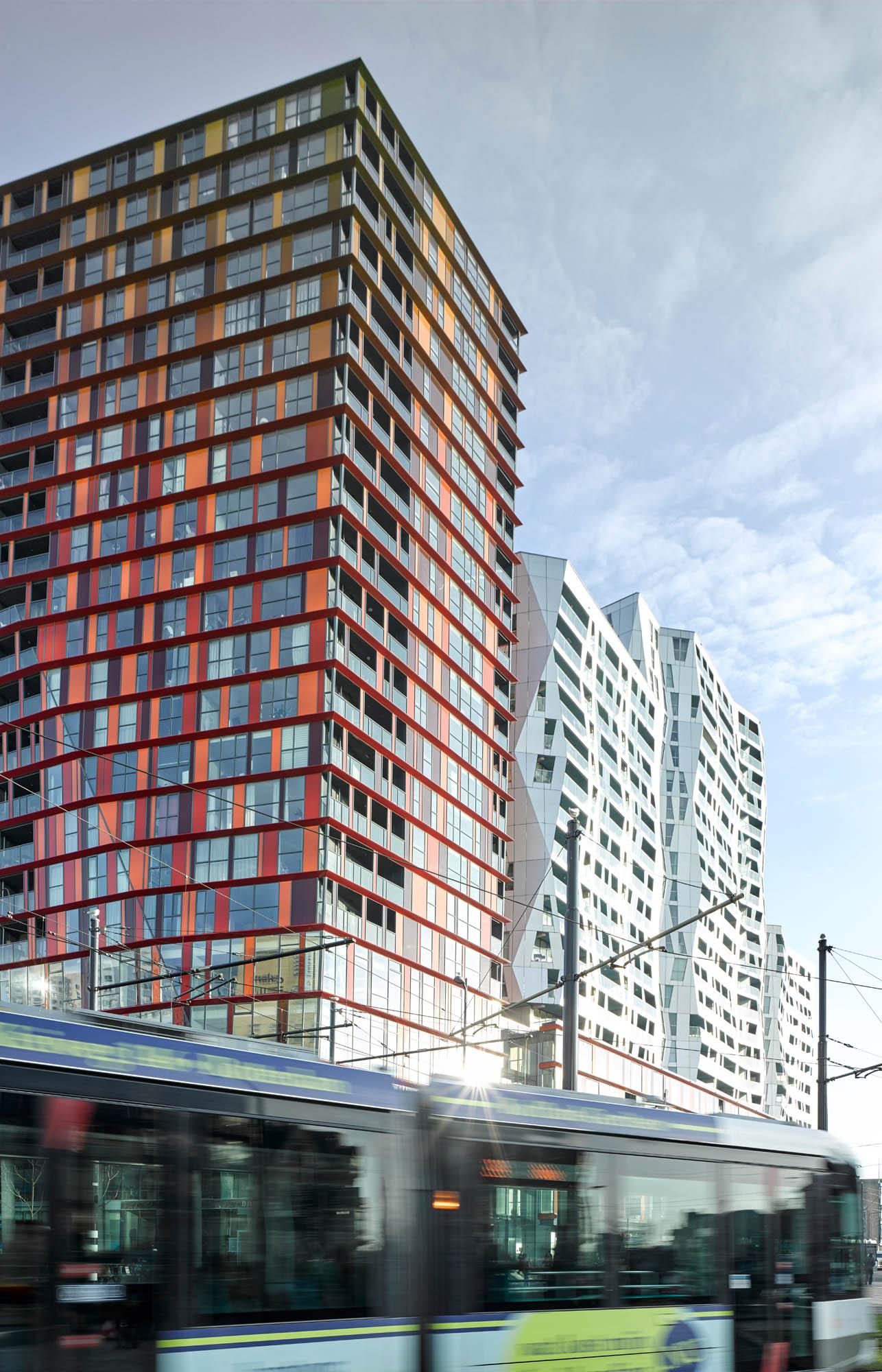 Opp 004823 - Rotterdam: Spielwiese verrückter Architektur von Weltruf