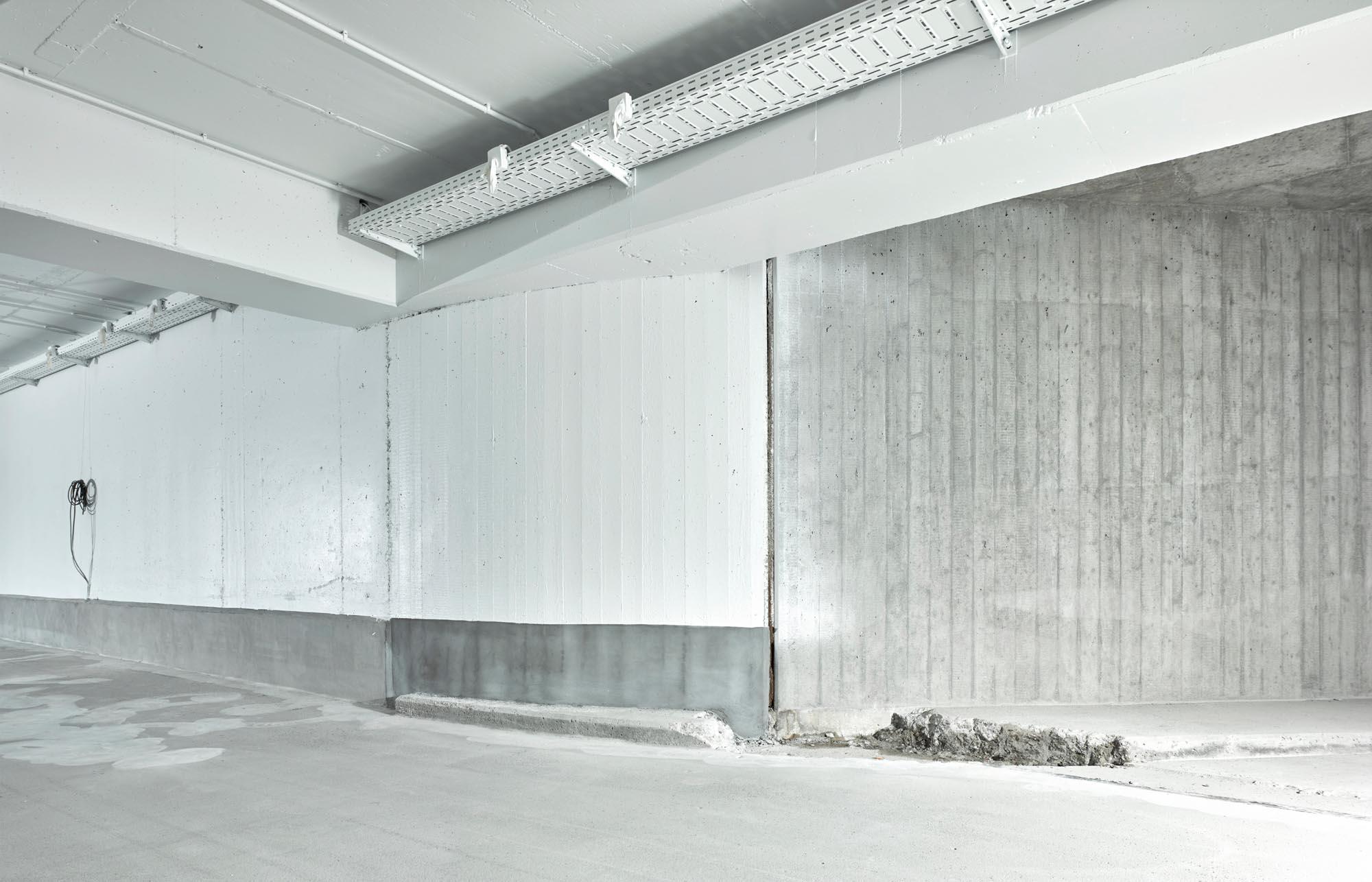 Bueze TG 13 11 1618538 - Ingenieurbüro Zimbelmann: Fotografie vor der Instandsetzung einer Tiefgarage