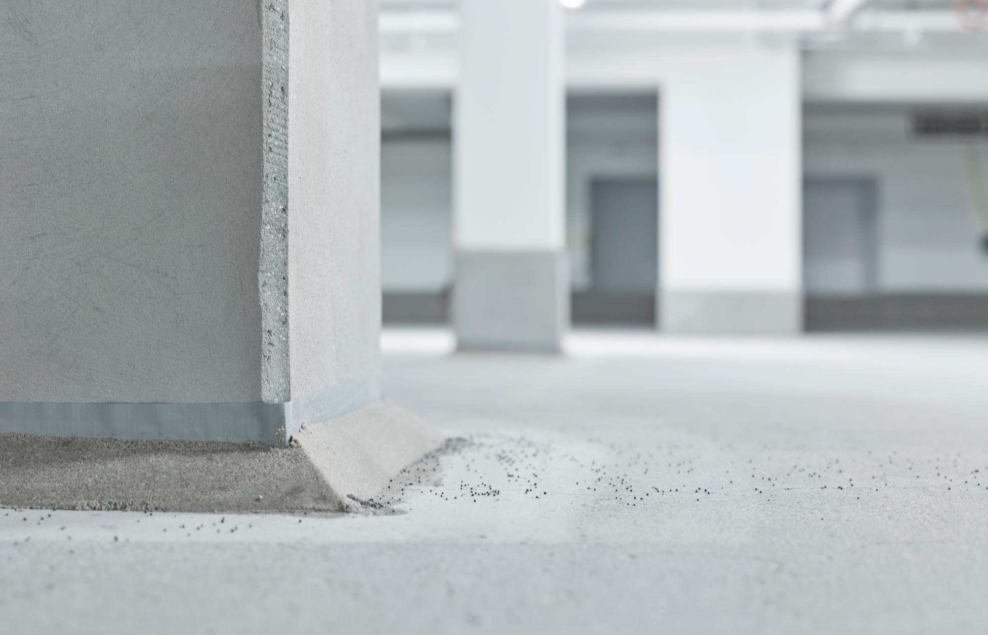 Bueze TG 13 11 1618636 - Ingenieurbüro Zimbelmann: Fotografie vor der Instandsetzung einer Tiefgarage