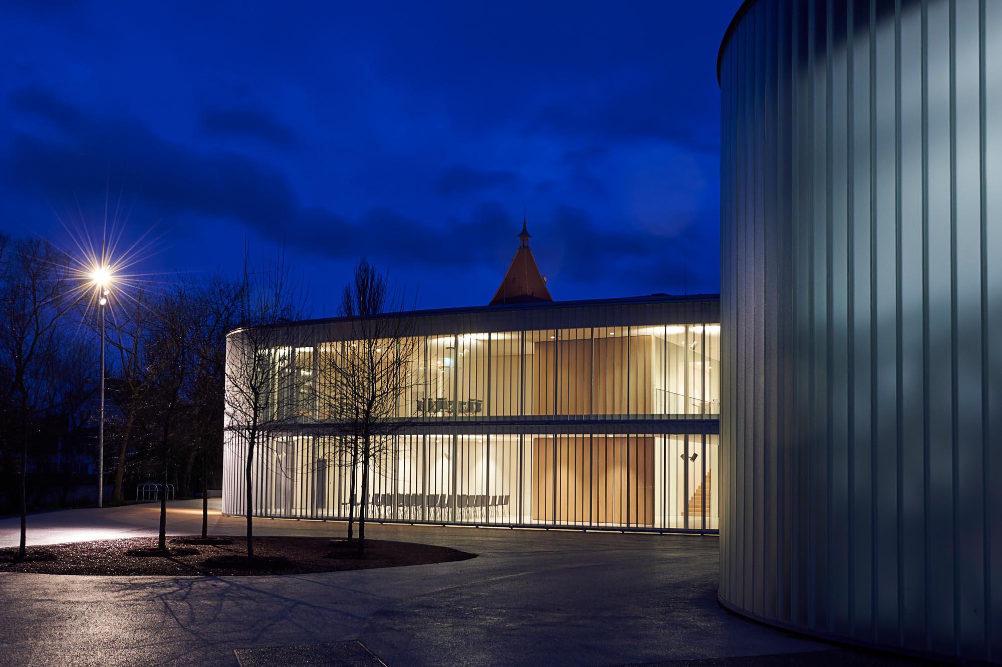 OPC 160113 0094 ret - Galerie Stihl Waiblingen: Außenansichten aus sechs Perspektiven und vier Jahreszeiten