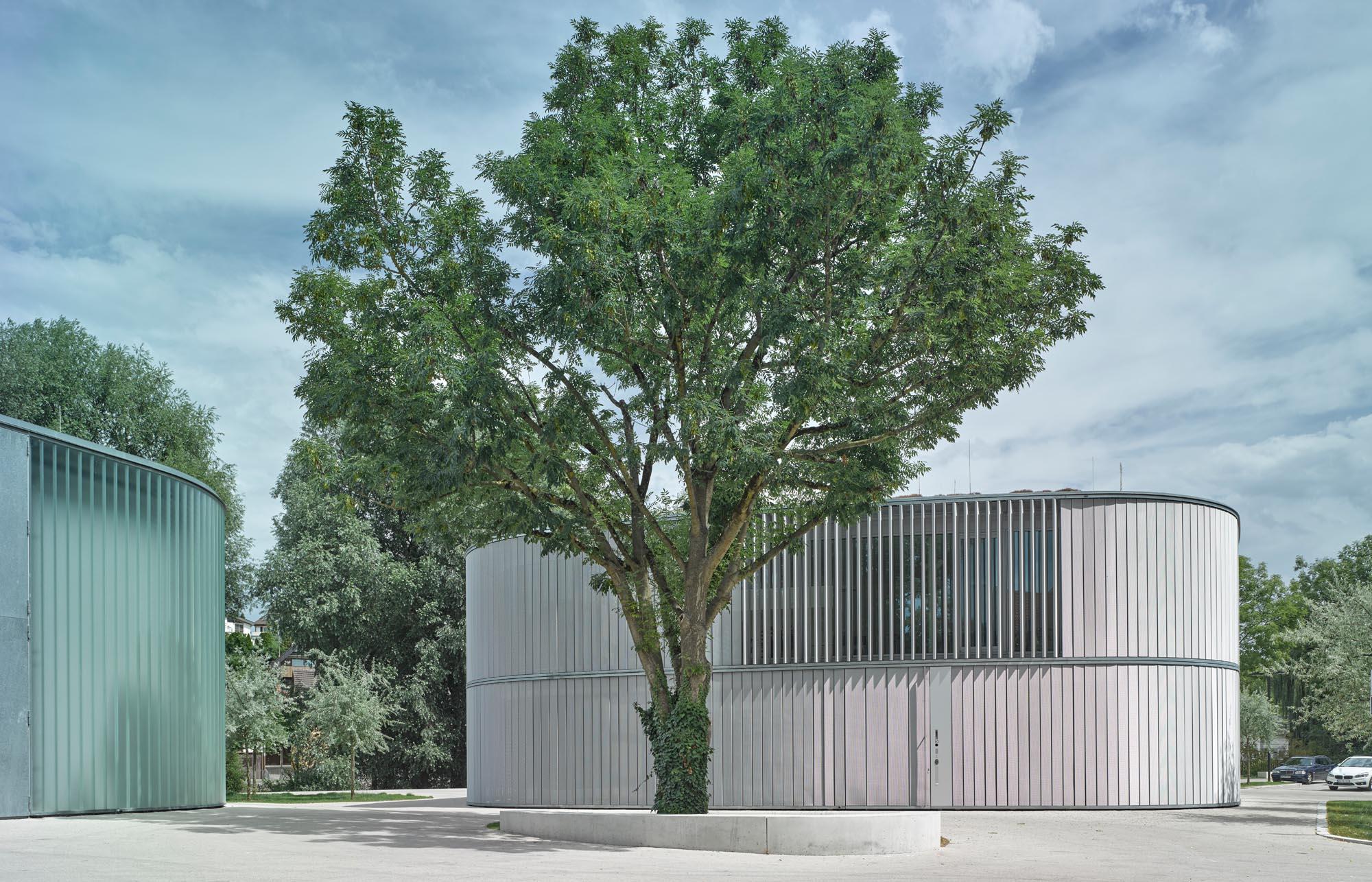OPC 160804 10067 - Galerie Stihl Waiblingen: Außenansichten aus sechs Perspektiven und vier Jahreszeiten