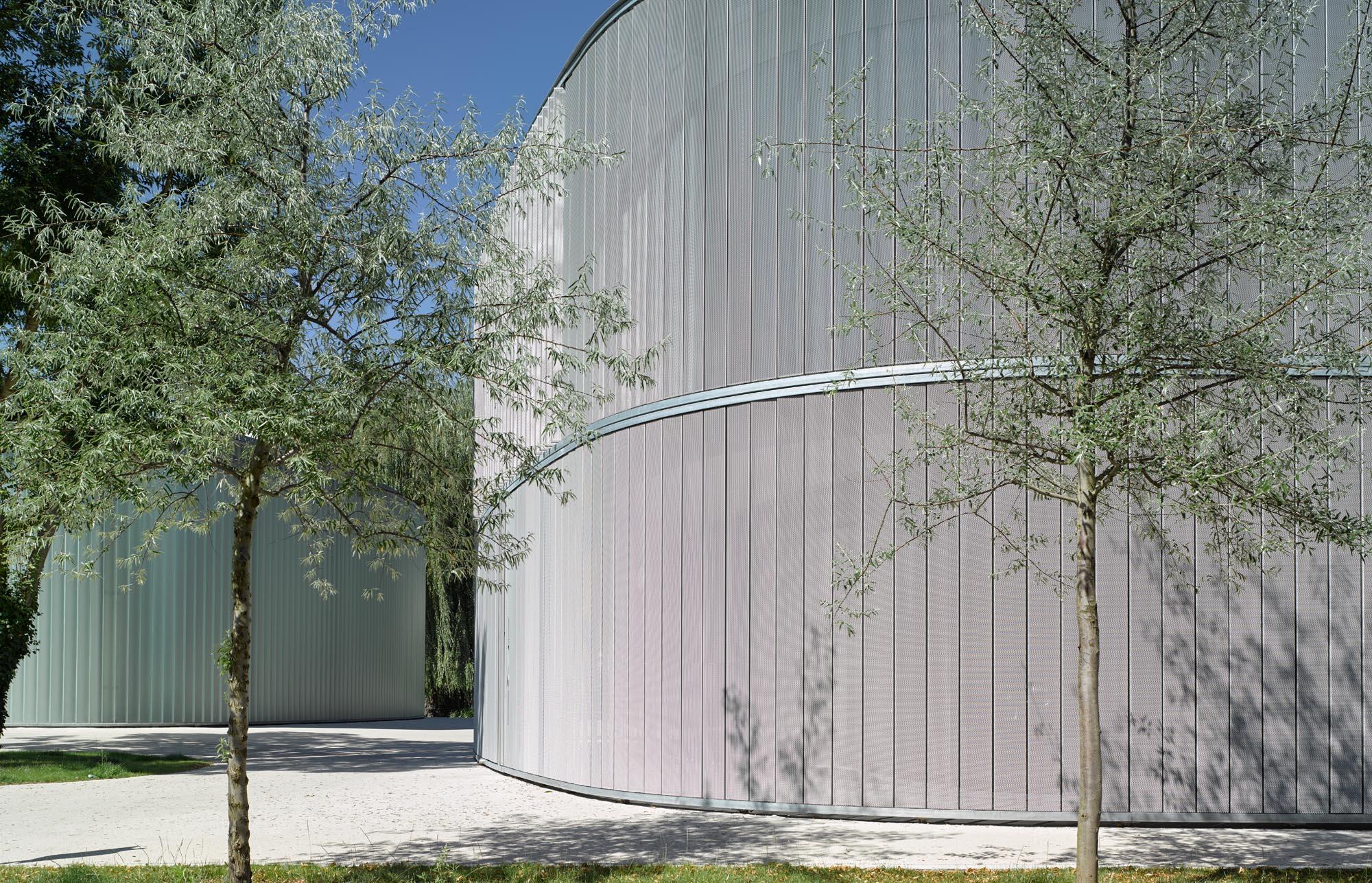 OPC 160807 1080 - Galerie Stihl Waiblingen: Außenansichten aus sechs Perspektiven und vier Jahreszeiten