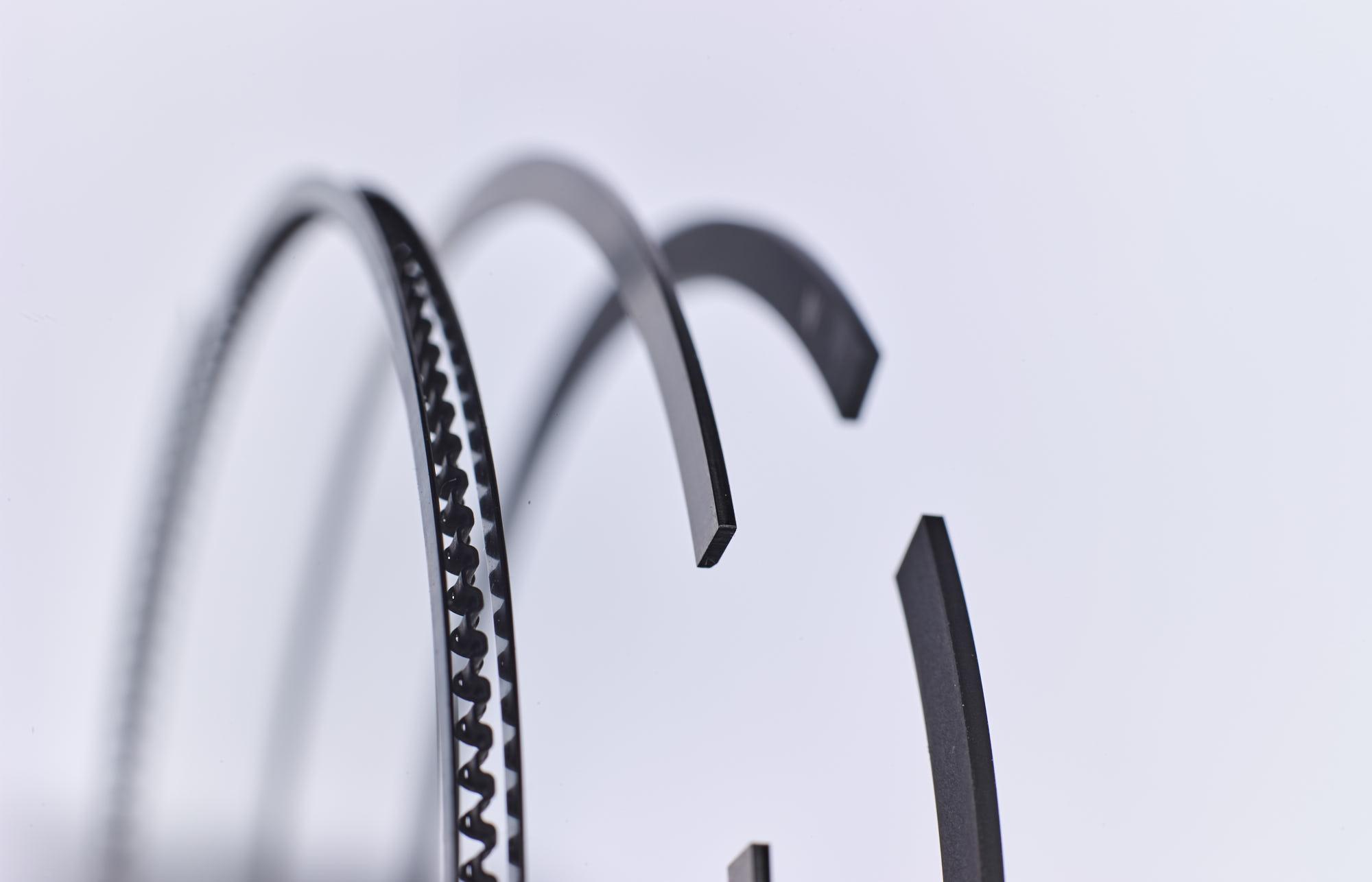 OPC 170116 0375 - NPR of Europe: Emotionale Produktfotografie für Kolbenringe