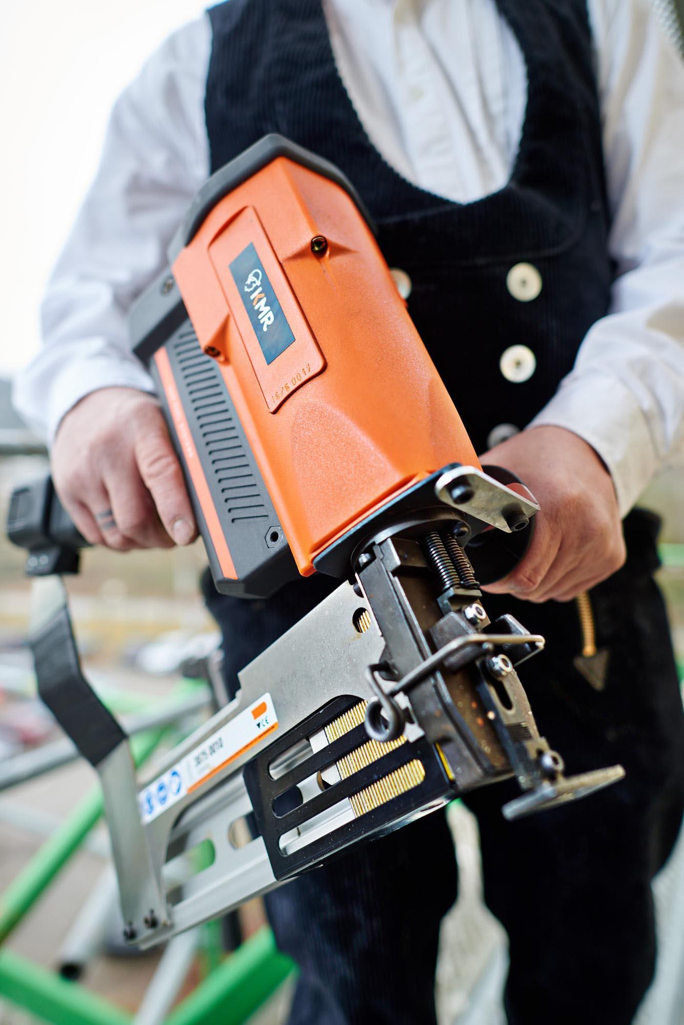 KMR 10748 - KMR Verbindungstechnik: Starke Geräte im Einsatz