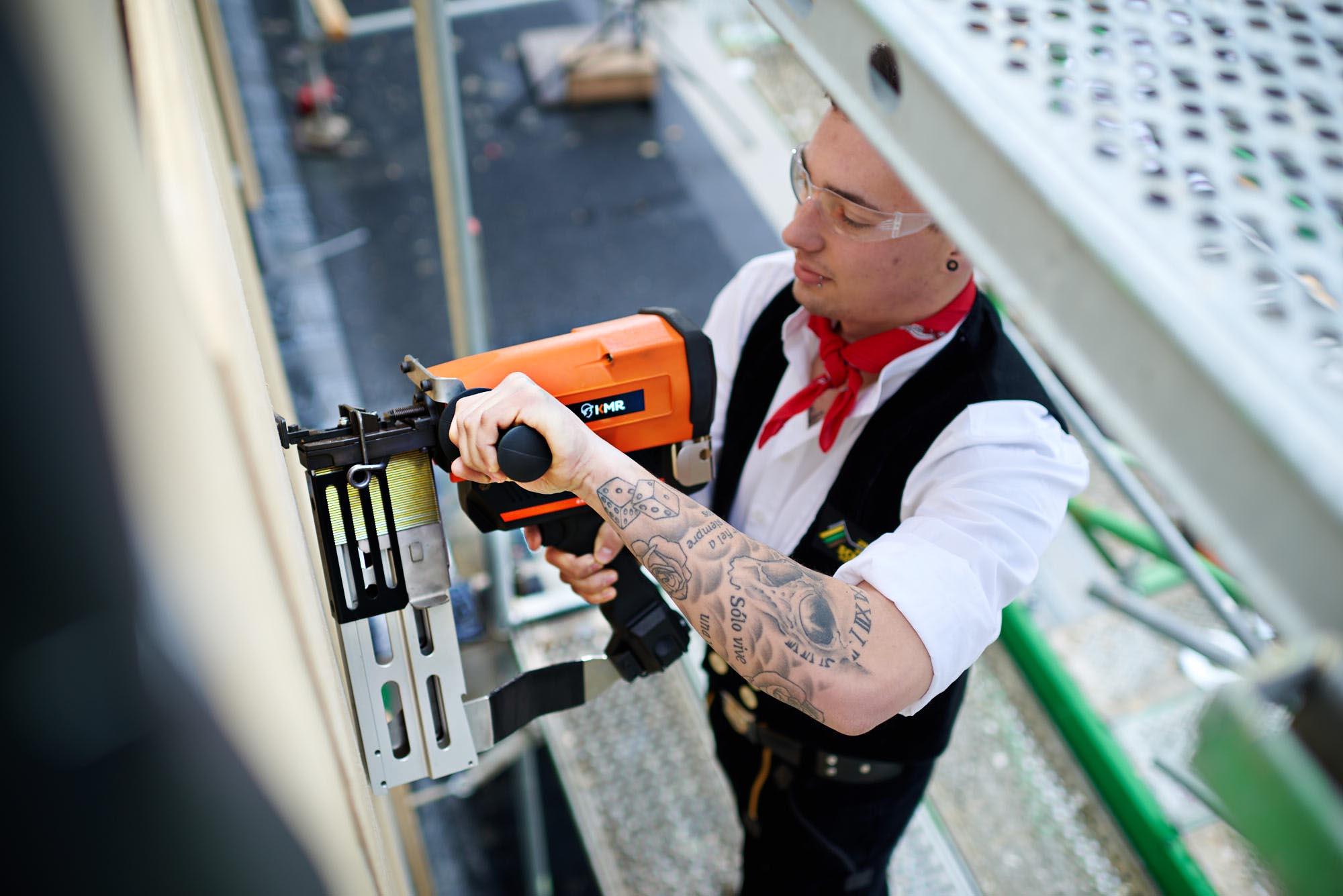 KMR 10915 - KMR Verbindungstechnik: Starke Geräte im Einsatz