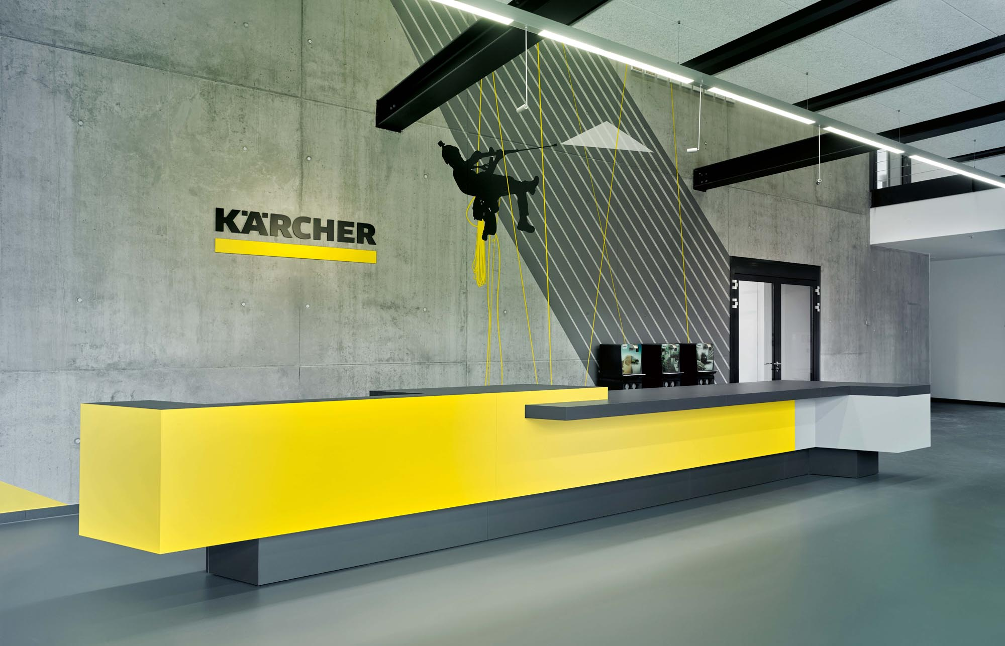OPC 160715 0173 - Kärcher Experience Center: Kompetenzfeld, Showcases und die Gallery of Excellence