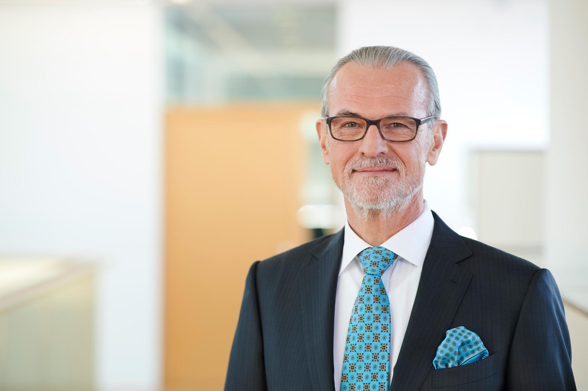 OPP 170117 0037 - Volksbank Stuttgart: Aufsichtsrat und Vorstände
